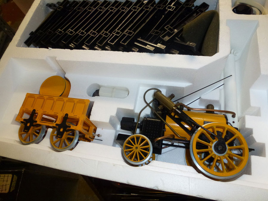 Hornby Stephensons Rocket Coaches