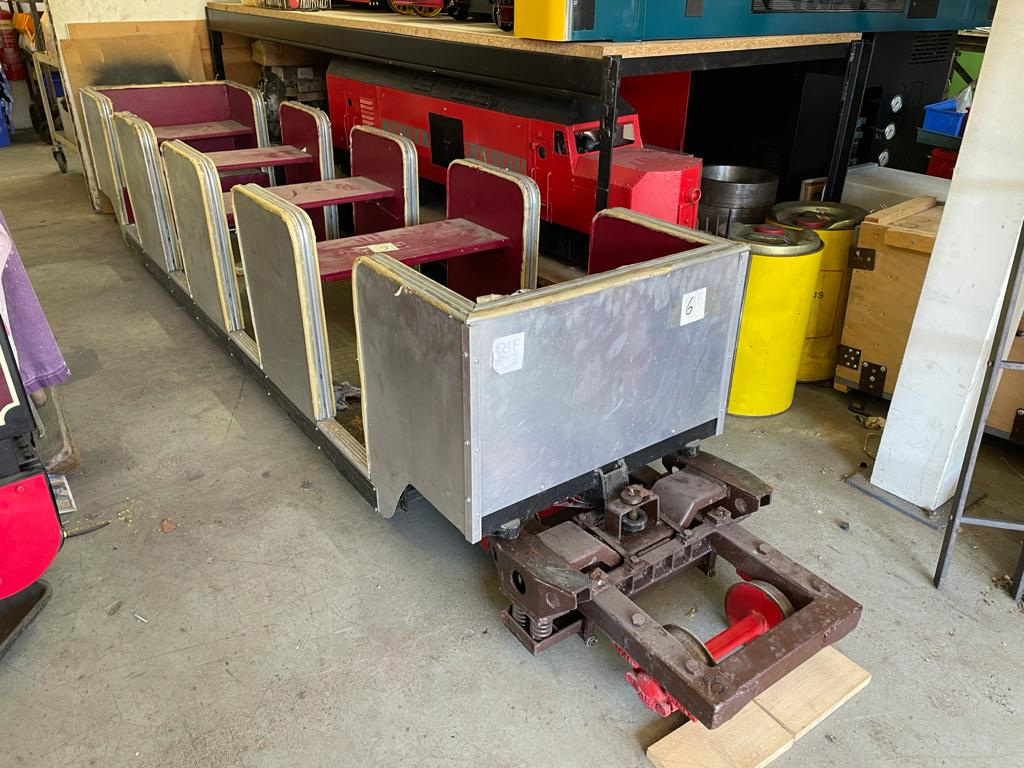 7 1/4 Inch Articulated Wagons