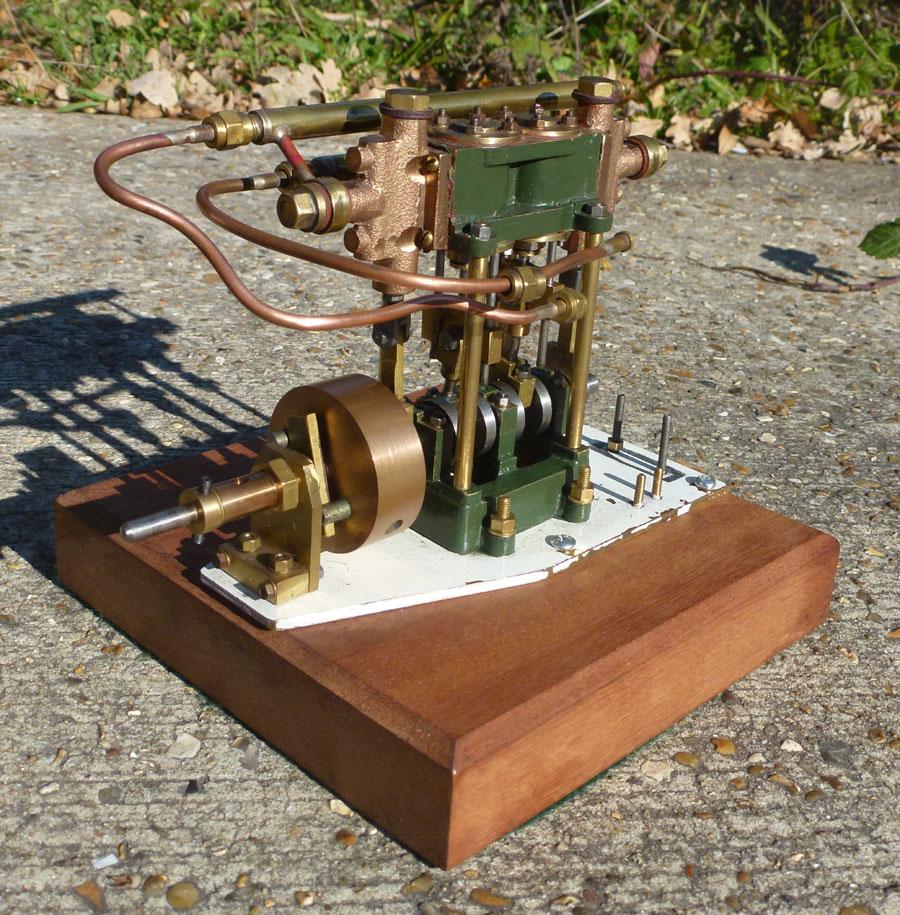 Twin Cylinder Vertical Engine