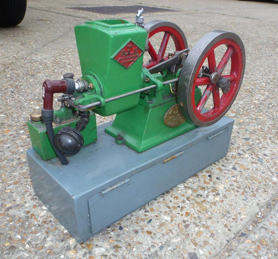 R.L.E Open Crank Petrol Engine