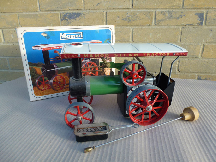 Mamod Traction Engine - Boxed