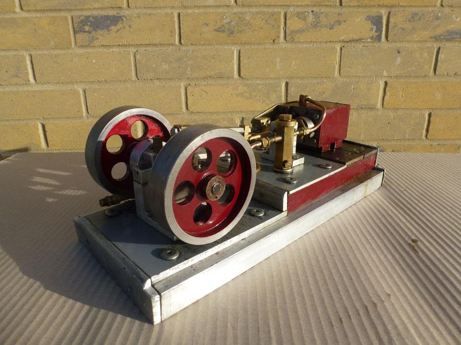 Silver Stationary engine