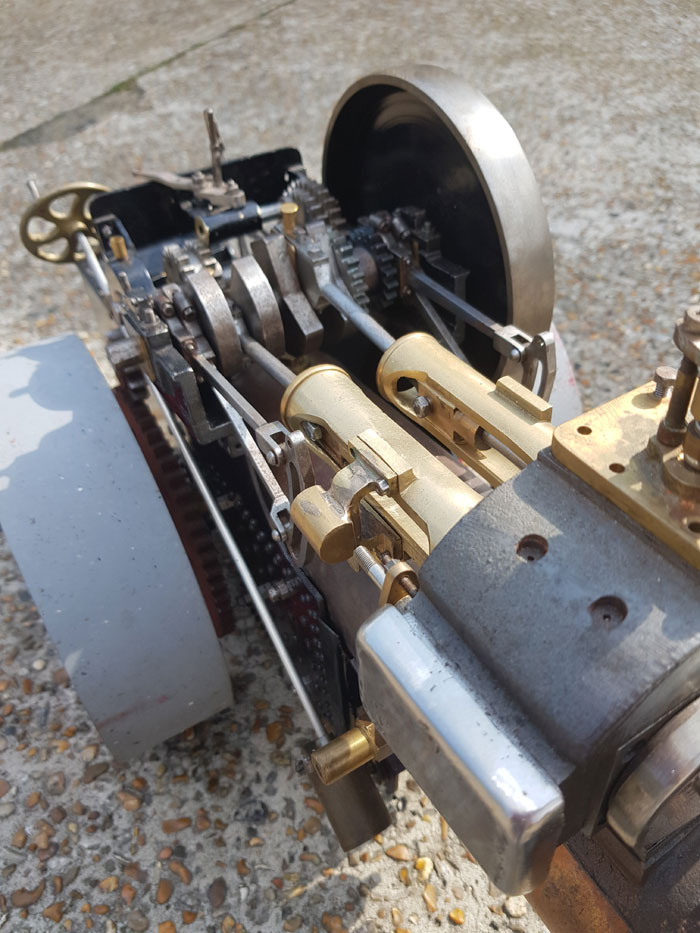 2 Inch Scale Aveling Roller
